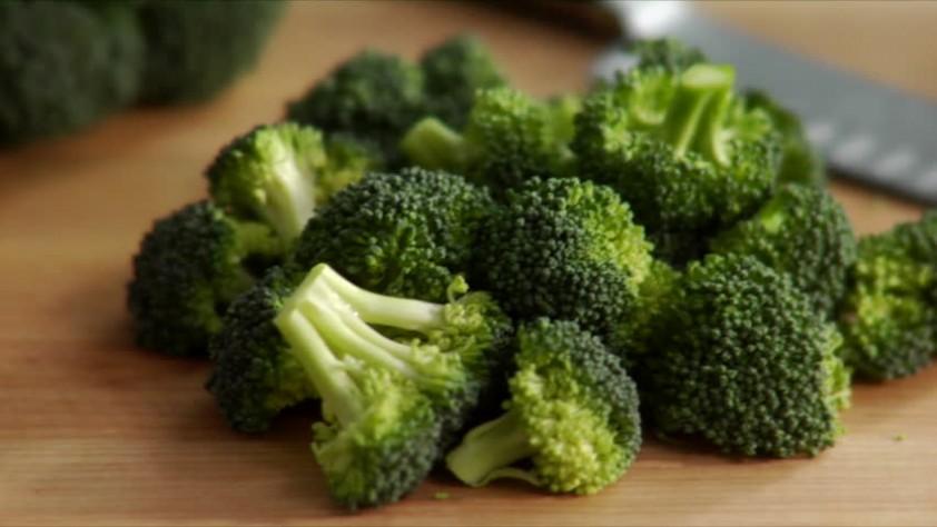 Седем храни, които помагат при борбата с рака