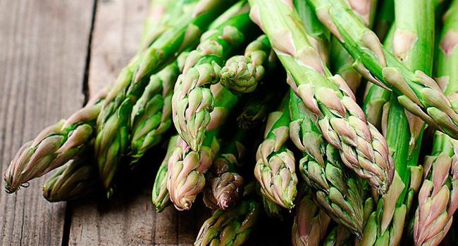 здравословни храни - аспержи