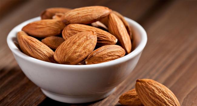 здравословни храни - бадеми